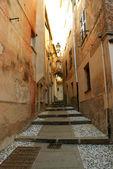 Középkori keskeny folyosón arenzano