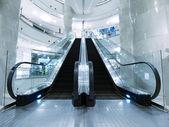 Eskalátor v obchodním domě