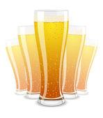 ilustrace pivních sklenic