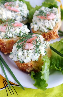Healthy enrich sandwiches with shrims