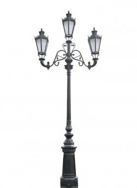 Triple lamppost