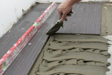 Laying Ceramic Floor Tiles