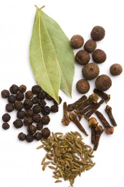 Bay leaves, cloves, caraway
