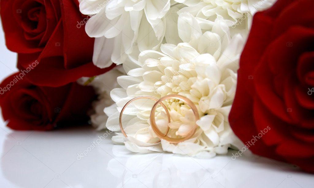 Wedding rings and flowers Stock Photo vikiri 1282627