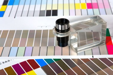 Color Guides with magnifying glass