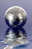 Globe puzzle-kék háttér