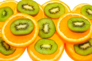 Kiwi and orange slices