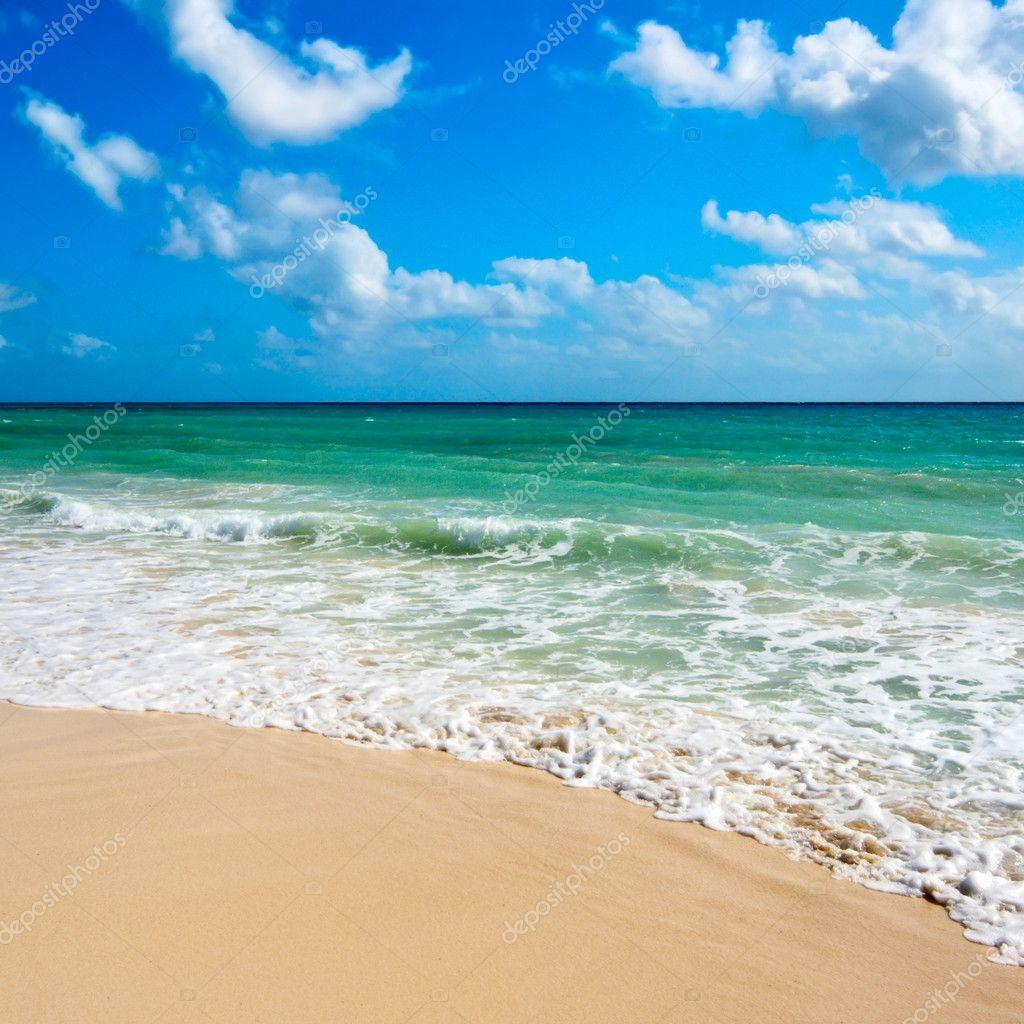 Фотообои Beautiful beach and sea