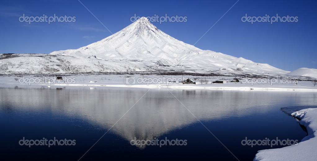 A volcano and its reflexion