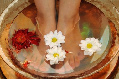 Massage of feet