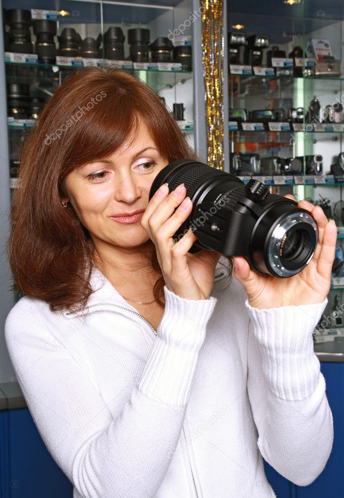 удовольствием принимает перлы продавцов фототехники брынза