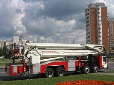 büyük yangın kamyon