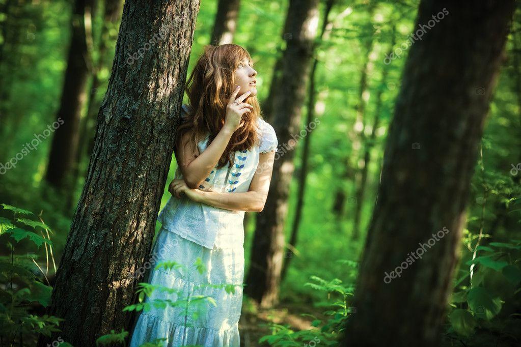 Подглядывает в лесу порно смотреть онлайн — pic 8