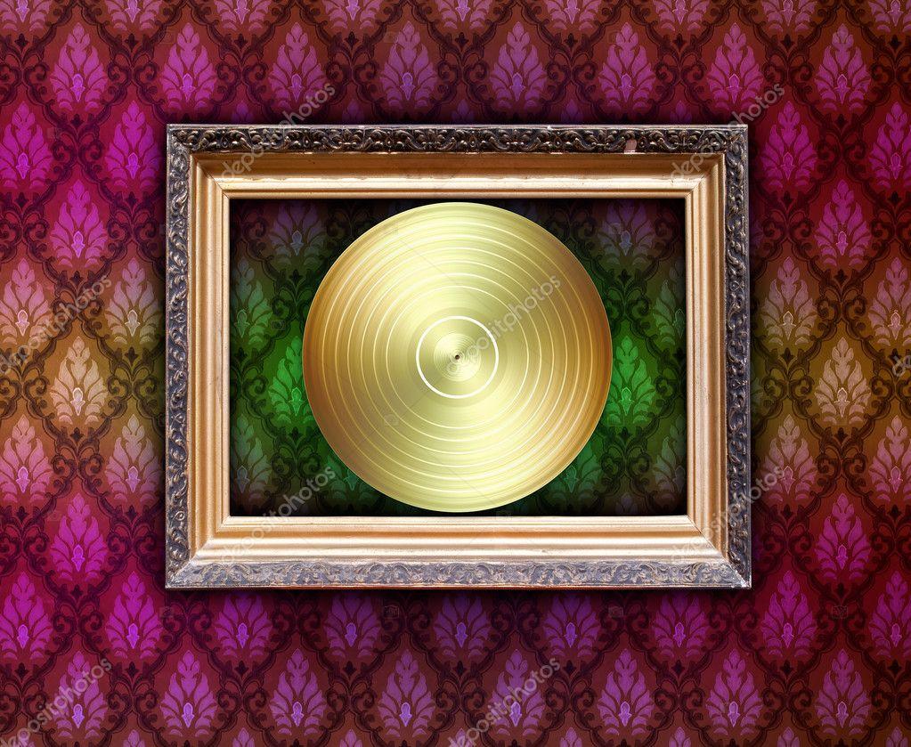 marco vintage con disco de vinilo — Foto de stock © Digifuture #2546595