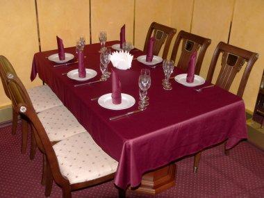 Crimson table 2