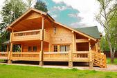Architektura dřevěný dům