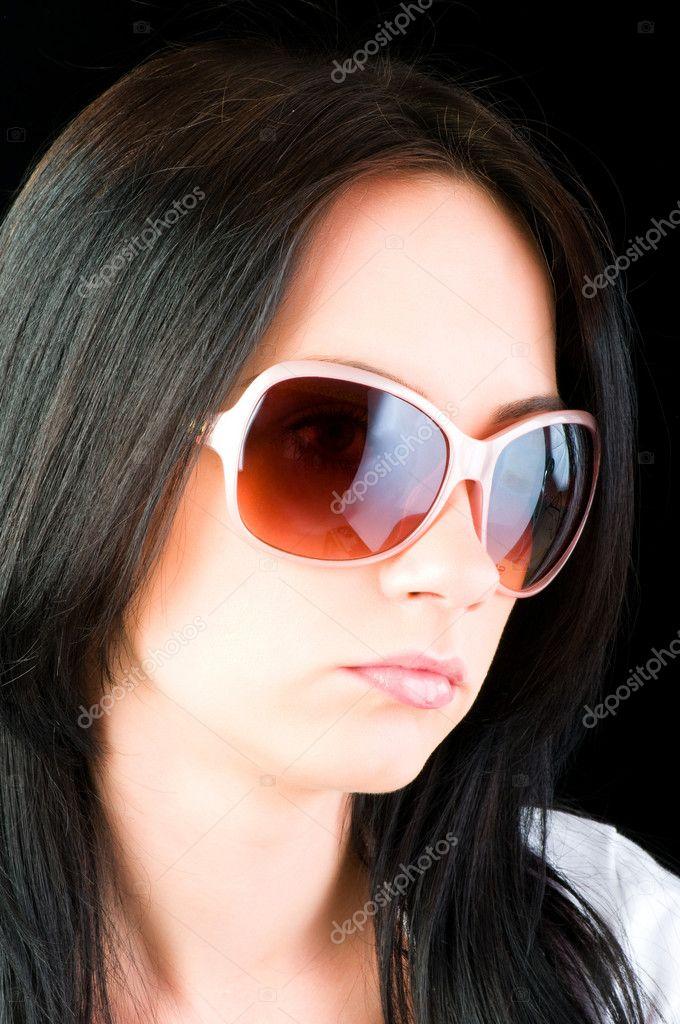 selezione migliore 90e8d 62aa0 Giovane ragazza con gli occhiali da sole — Foto Stock ...