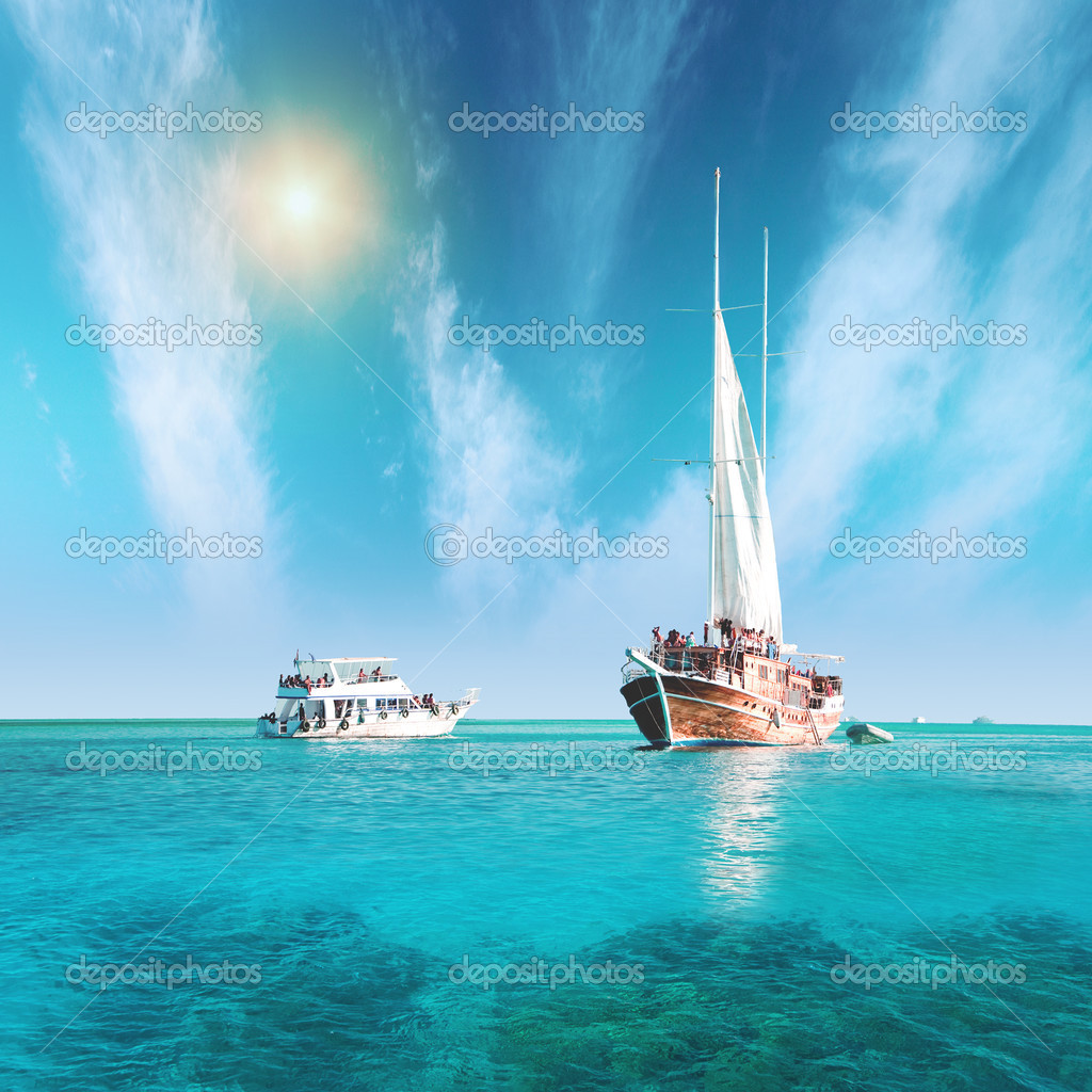 Sailing vessel and yacht