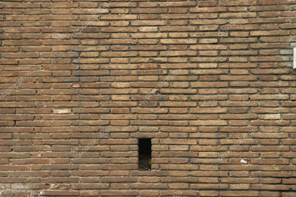 backsteinmauer stockfoto backstein mauerwerk sanieren