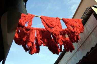 Marrakesh Red wool drying