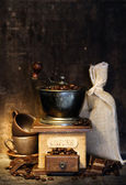 Fényképek stiill élet-val antik kávédaráló