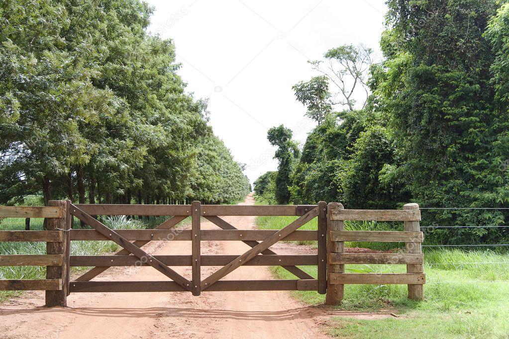 Rural Gate