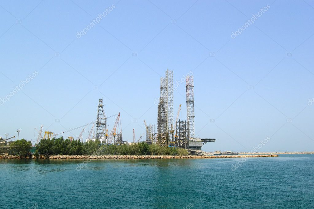 Oil drilling site at the shore