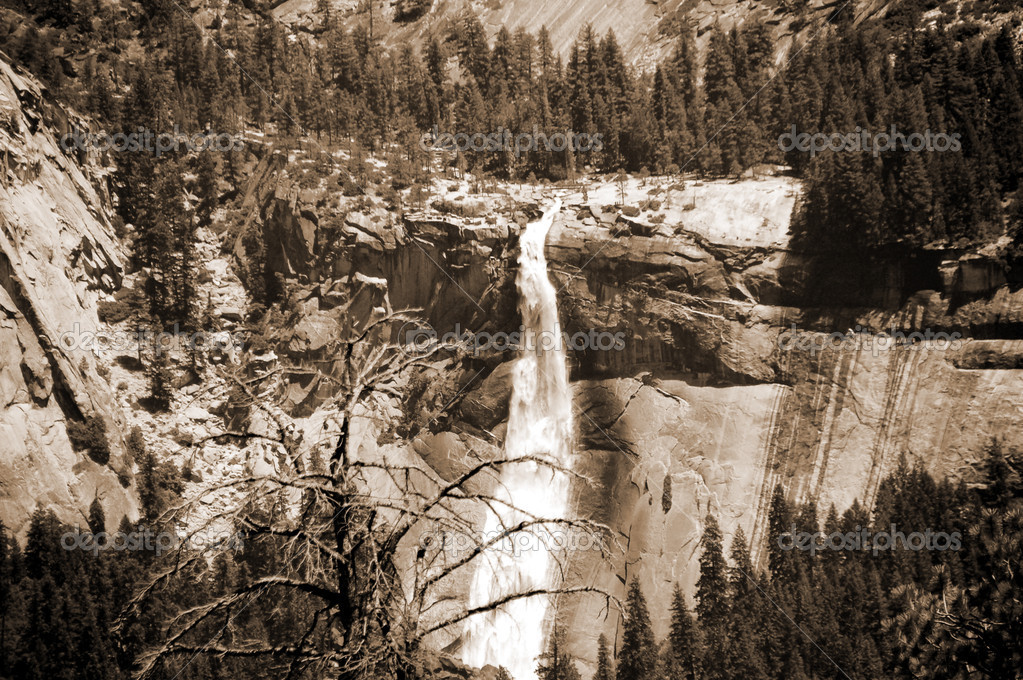 Nevada falls from Glacier Point Yosemite Nationa