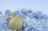 stříbrná modré pozadí Zlatý míč