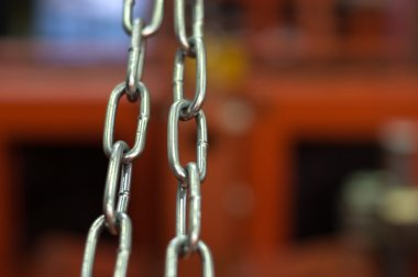Links of a metal chain
