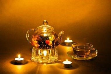 Glass tea-pot