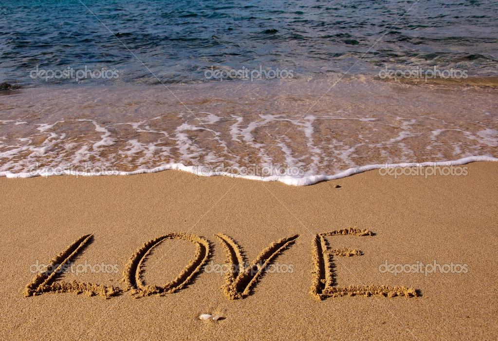 Надписи на песке у моря фото