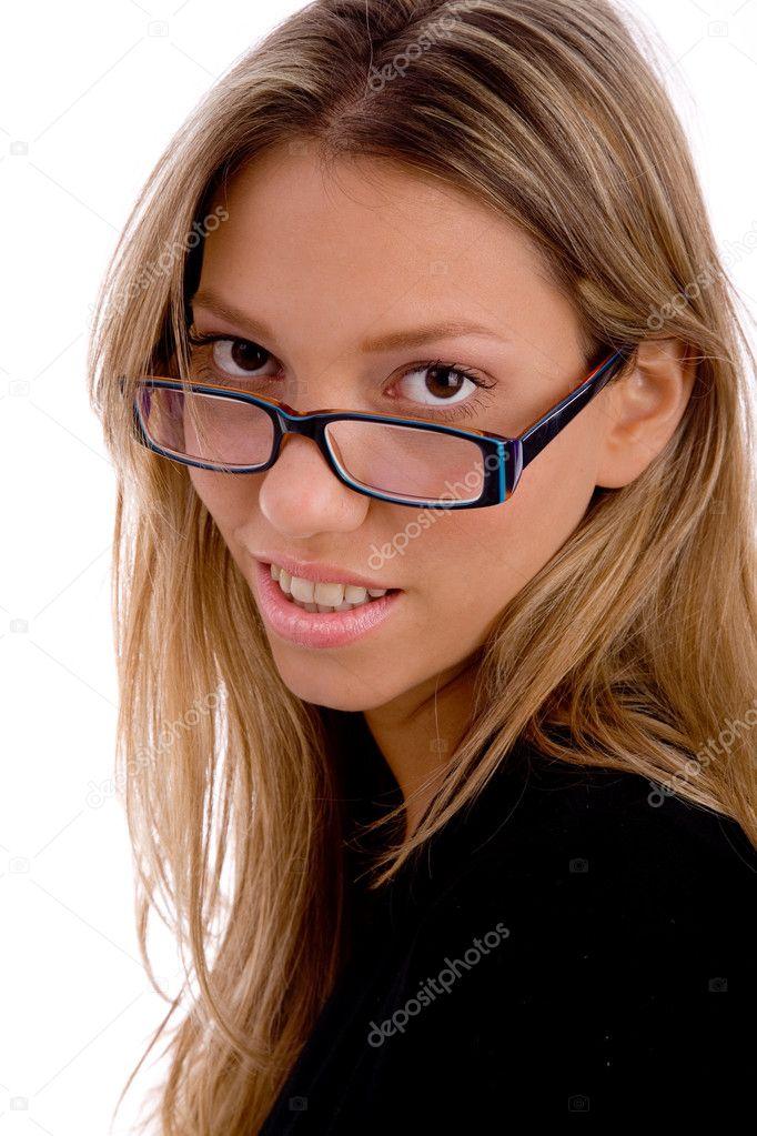 jeune femme portant des lunettes — Photographie imagerymajestic ... 66a9042363ae