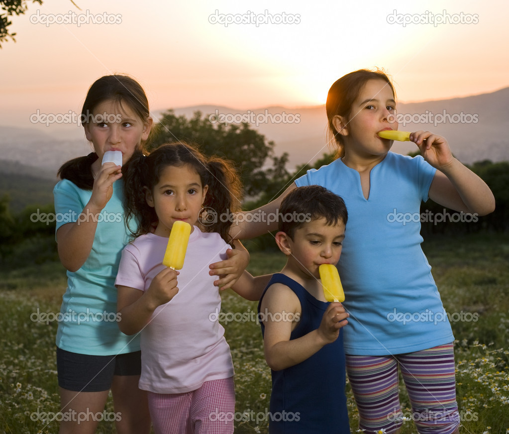Kids having pop ice