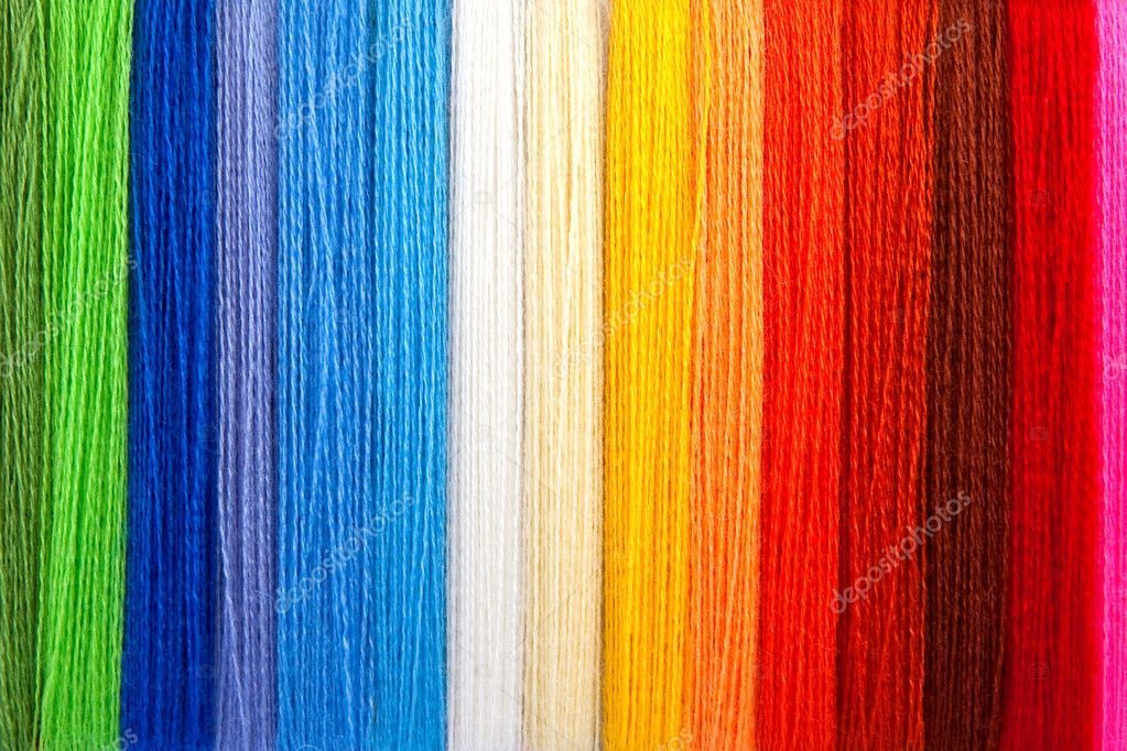 Multi-coloured threads of a wool