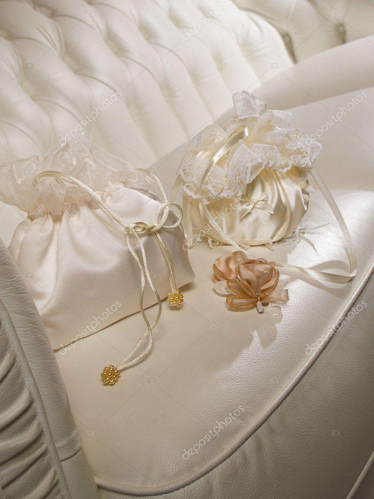 354f567947 γάμο τσάντες της νύφης — Φωτογραφία Αρχείου © krasyuk  1358564