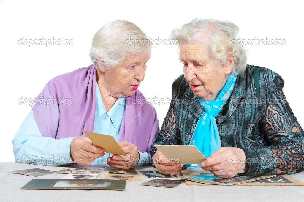 Две бабульки и мужчина фото 628-810