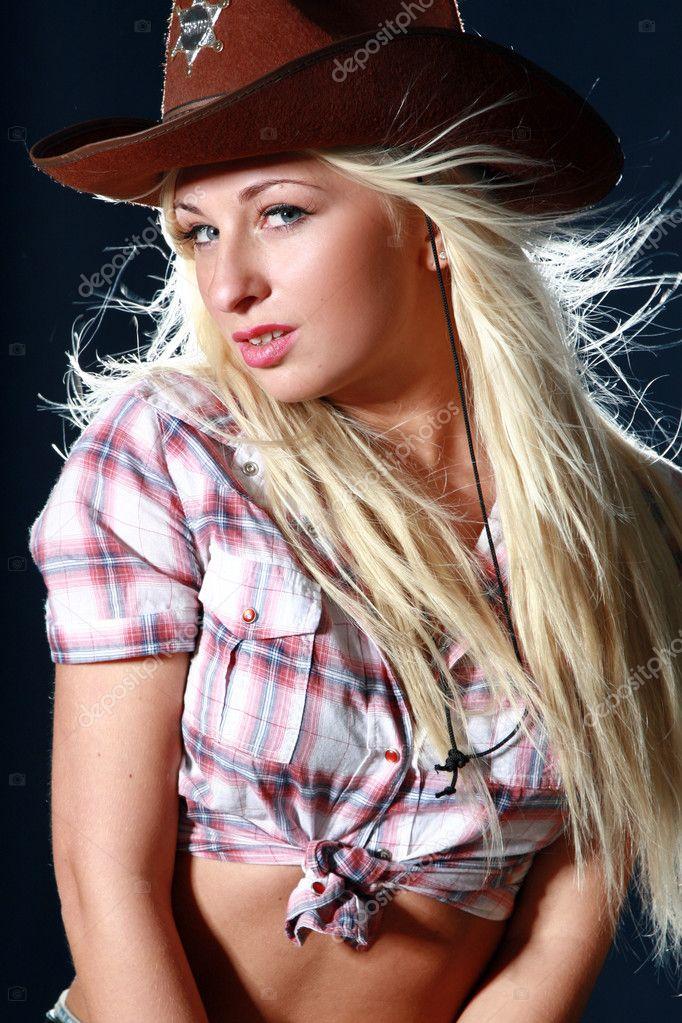Порно фото дівчат в капелюхах 87318 фотография