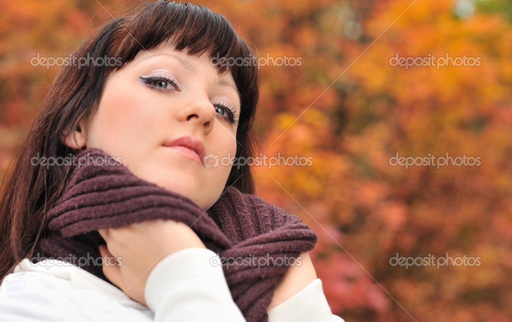 Фотообои The girl in an autumn forest