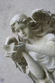 scultura angelo