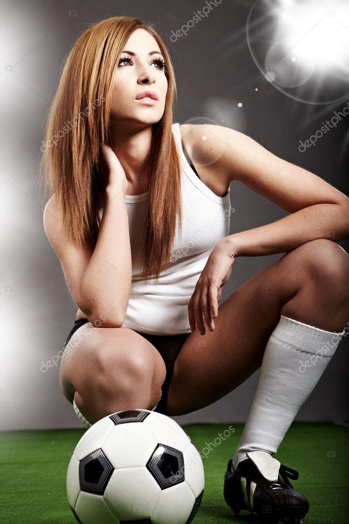 женщины футболистки-вь1
