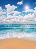 strand és a tenger