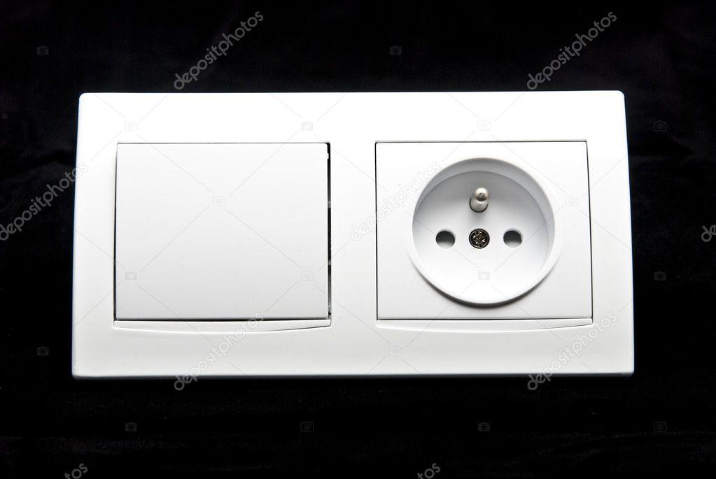 Elektrische Schalter und Steckdose Kombination — Stockfoto © tarczas ...