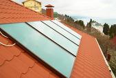 Fotografie Solare Wasser-Heizung