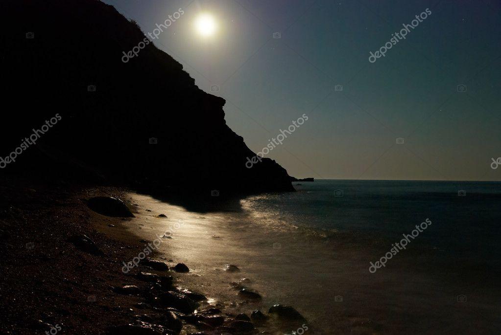 Notte Di Luna Sul Mare Foto Stock Dovapi 2055160