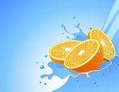 Arancione in acqua splash