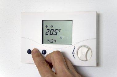 Hand thermostat
