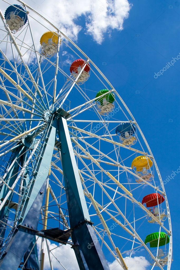 Ferris Wheel. Vertical