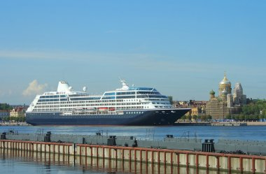 St. Petersburg, cruise liner