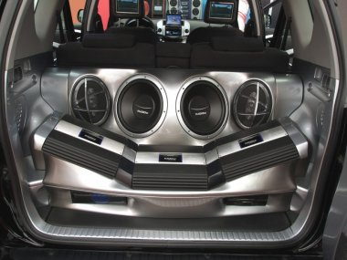 Car power audio system